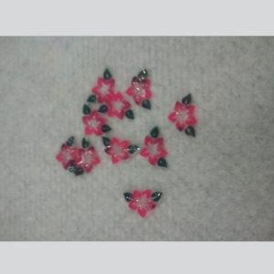 Flor-con-hojas-rosa