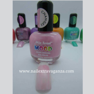 Mood-Changing-Color-Nail-Polish-by-Mia-Secret-(15ml)-(Bubble-gum-to-Ice-Cream)