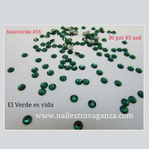 Swarovski #16 Green Color Flat Back (30 pzs)