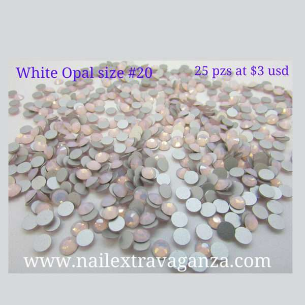 Swarovski #20 Opal White Color Flat Back (25 pzs)